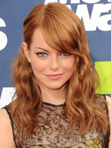 Actress Emma Stone arrives at the 2011 MTV Movie Awards at Gibson Amphitheatre on June 5, 2011 in Universal City, California.